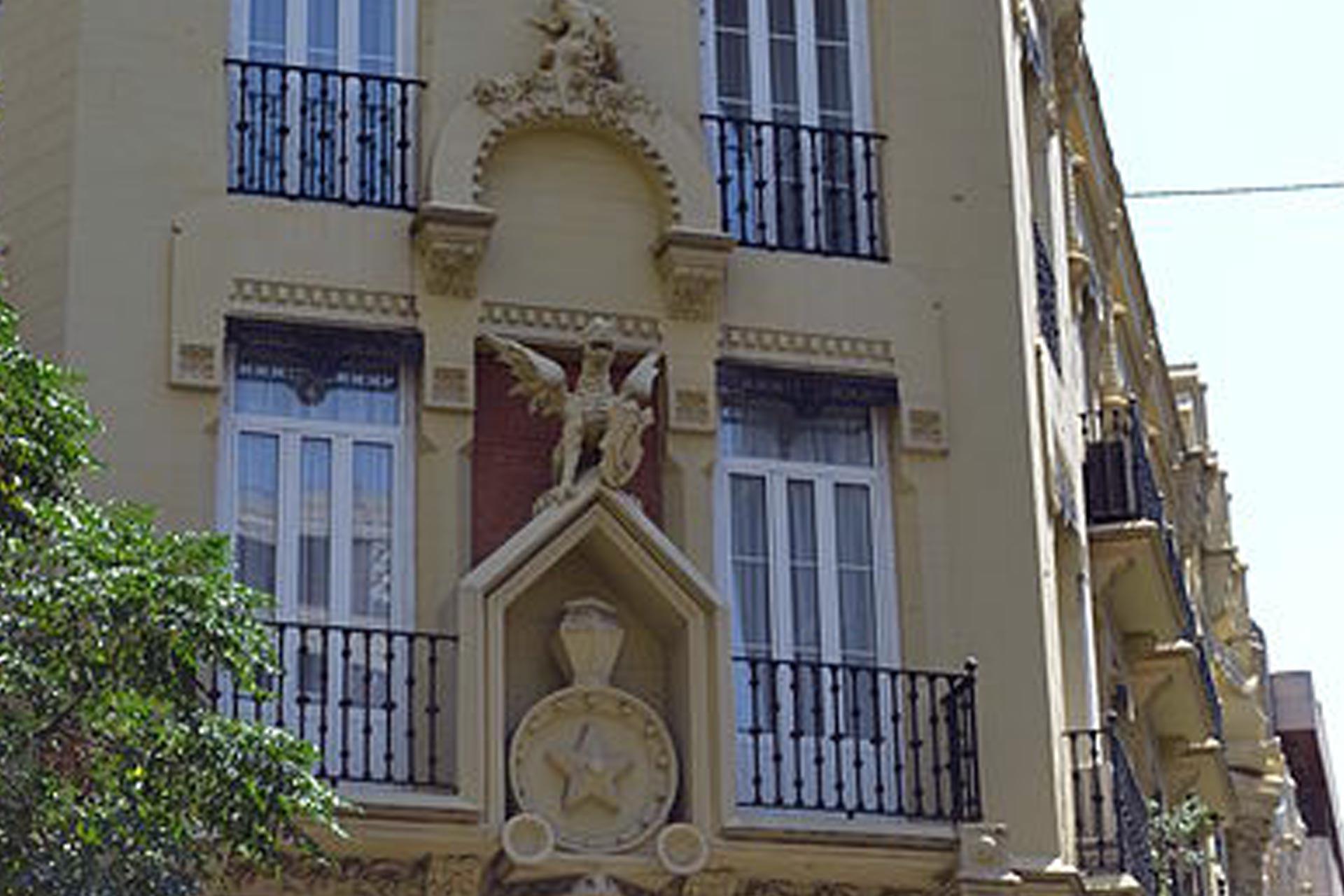 Los edificios más bonitos de Valencia. Casa Dragones